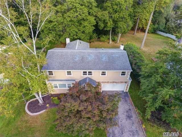 60 Woodland Rd, Roslyn, NY 11576