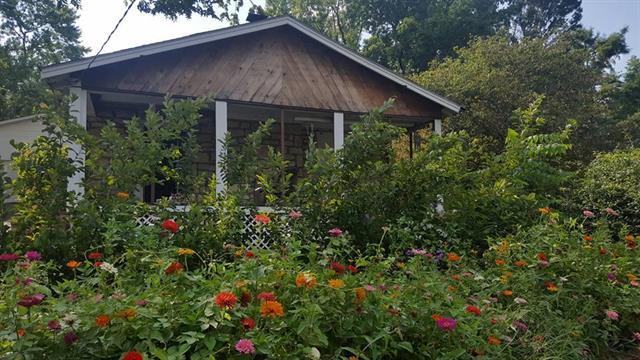 156 Anchor Drive, Lake Tapawingo, MO 64015