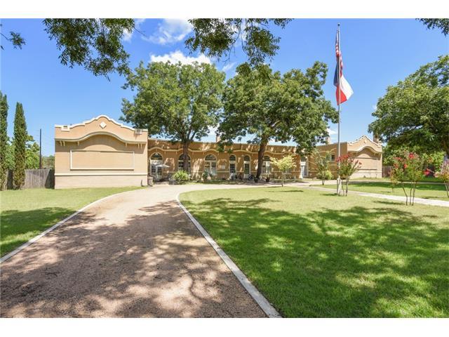 101 Lockhart St, Martindale, TX 78655