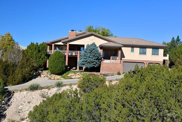 117 E Saddlewood Dr, Pueblo West, CO 81007