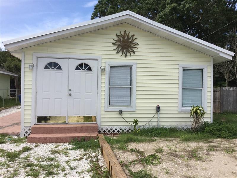 1723 38TH AVENUE E, BRADENTON, FL 34208