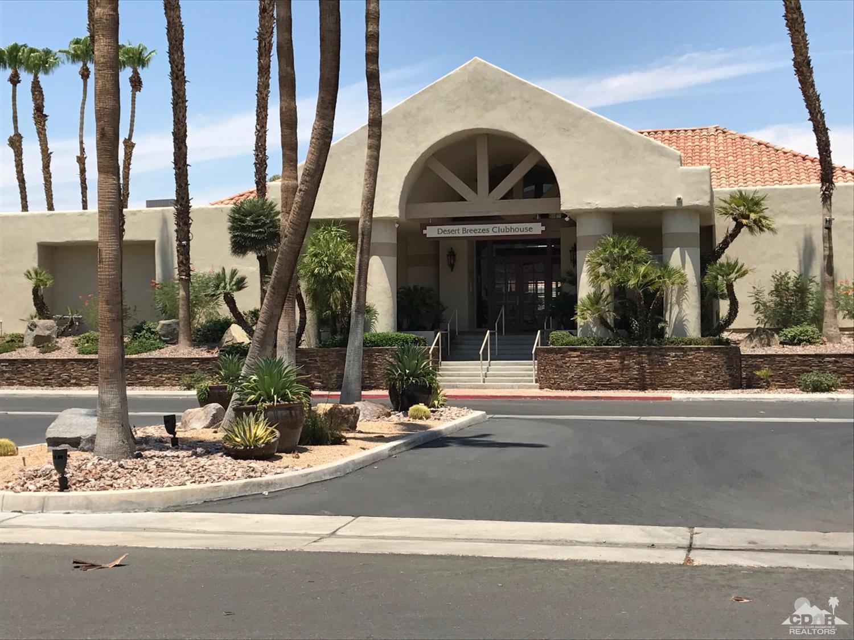 43608 Calle Las Brisas W, Palm Desert, CA 92211