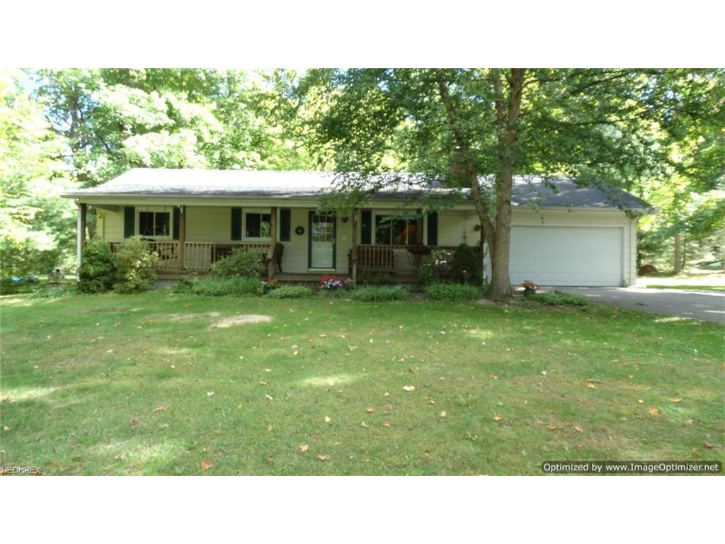 8273 Timberlane Dr, Concord, OH 44077