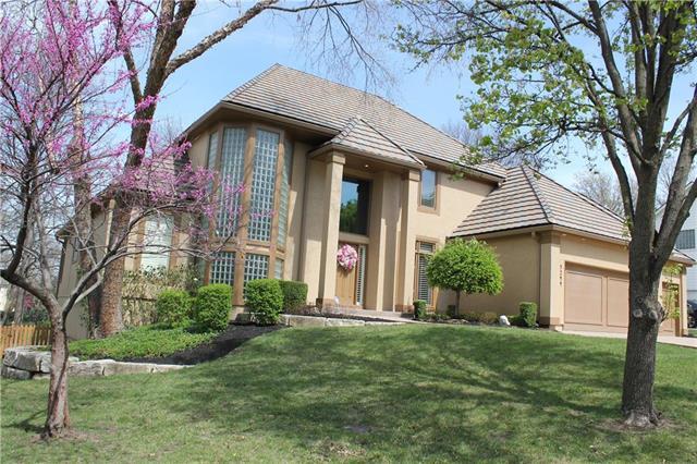 5244 W 127TH Terrace, Leawood, KS 66209