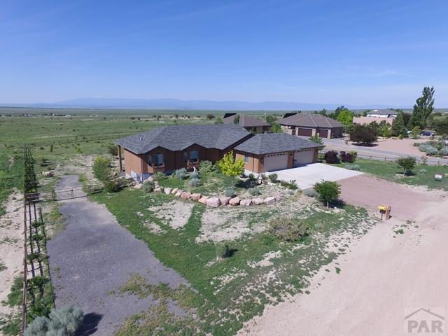 196 E Encanto Dr, Pueblo West, CO 81007