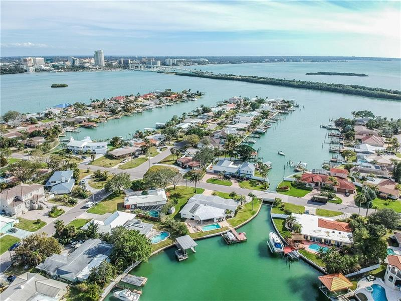 106 MIDWAY ISLAND, CLEARWATER BEACH, FL 33767
