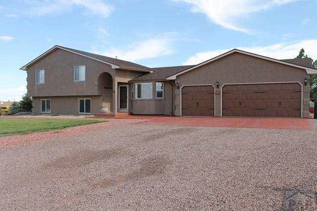 758 Woodleaf Dr, Pueblo West, CO 81007