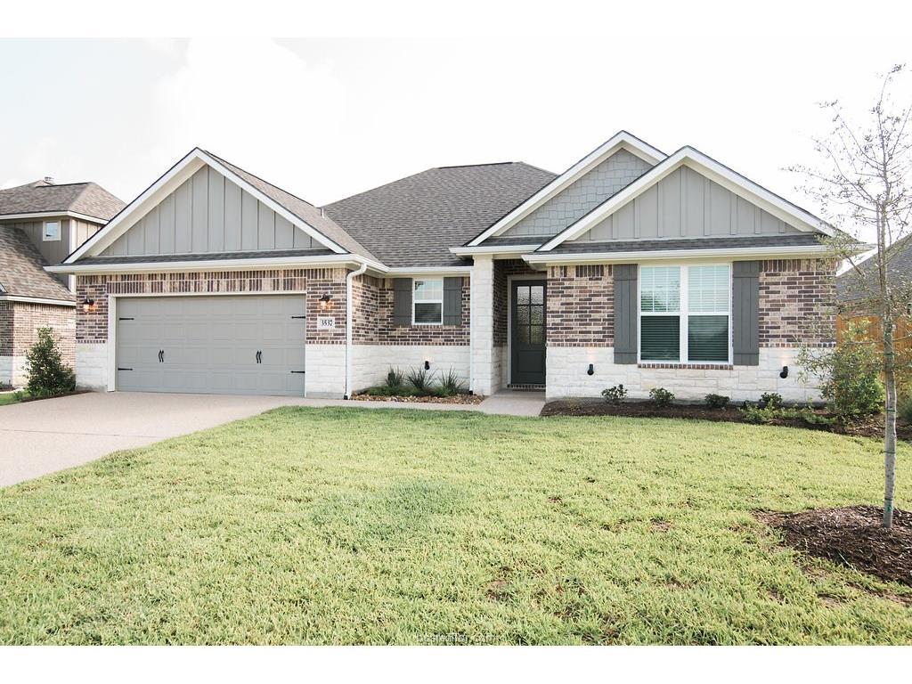 3537 Foxcroft, Bryan, TX 77808