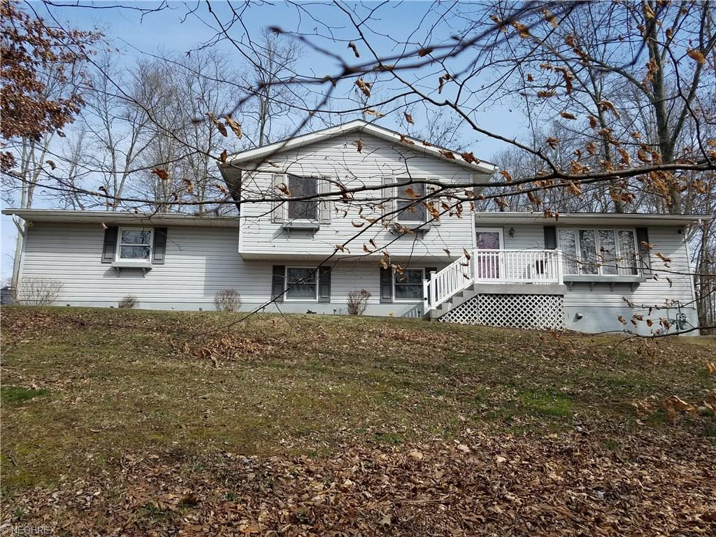 2850 Pure Country Dr, Zanesville, OH 43701