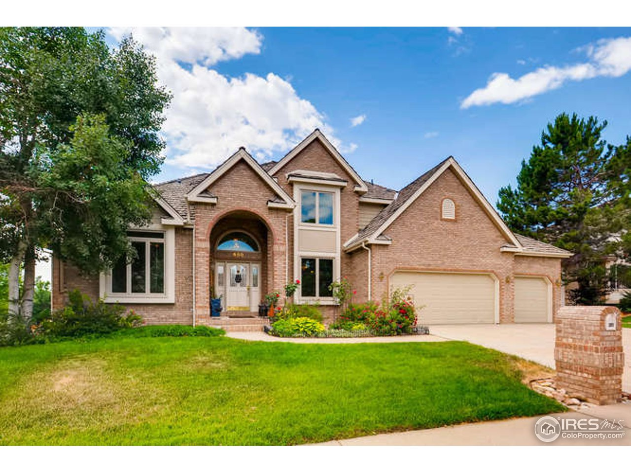 650 Redstone Dr, Broomfield, CO 80020