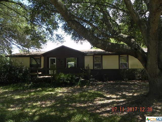 401 Troell, Seguin, TX 78155