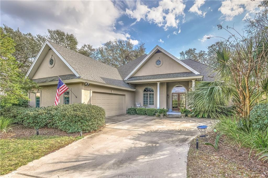 8 Old Fort WAY, Hilton Head Island, SC 29926