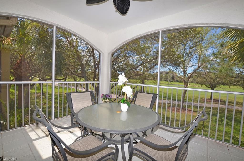 93 Silver Oaks CIR 3202, NAPLES, FL 34119