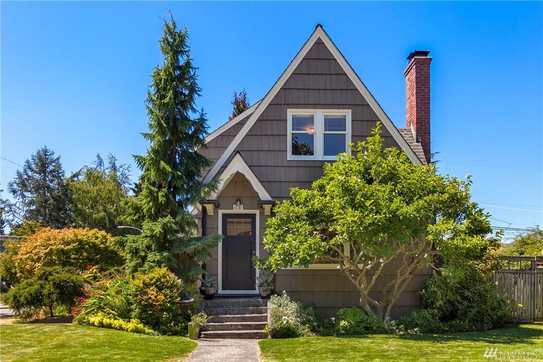1737 45th Ave SW, Seattle, WA 98116
