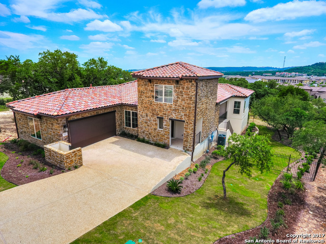 7222 BLUFF RUN, San Antonio, TX 78257