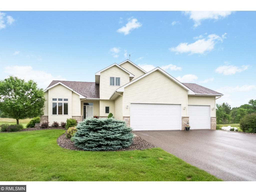 12821 232nd Avenue NW, Elk River, MN 55330