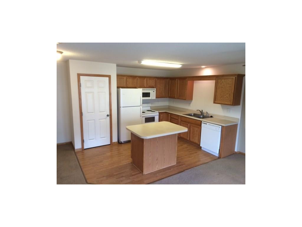 8302 Westown Parkway 4104, West Des Moines, IA 50266