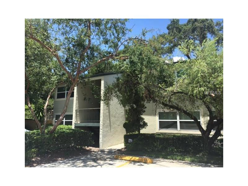 Very nice 2 bedroom 1 bath condo in great location. Centrally located to everything Tampa Bay has to offer. Close to Bayshore Linear Trail. Schedule an appointment to view today. This won't last long.