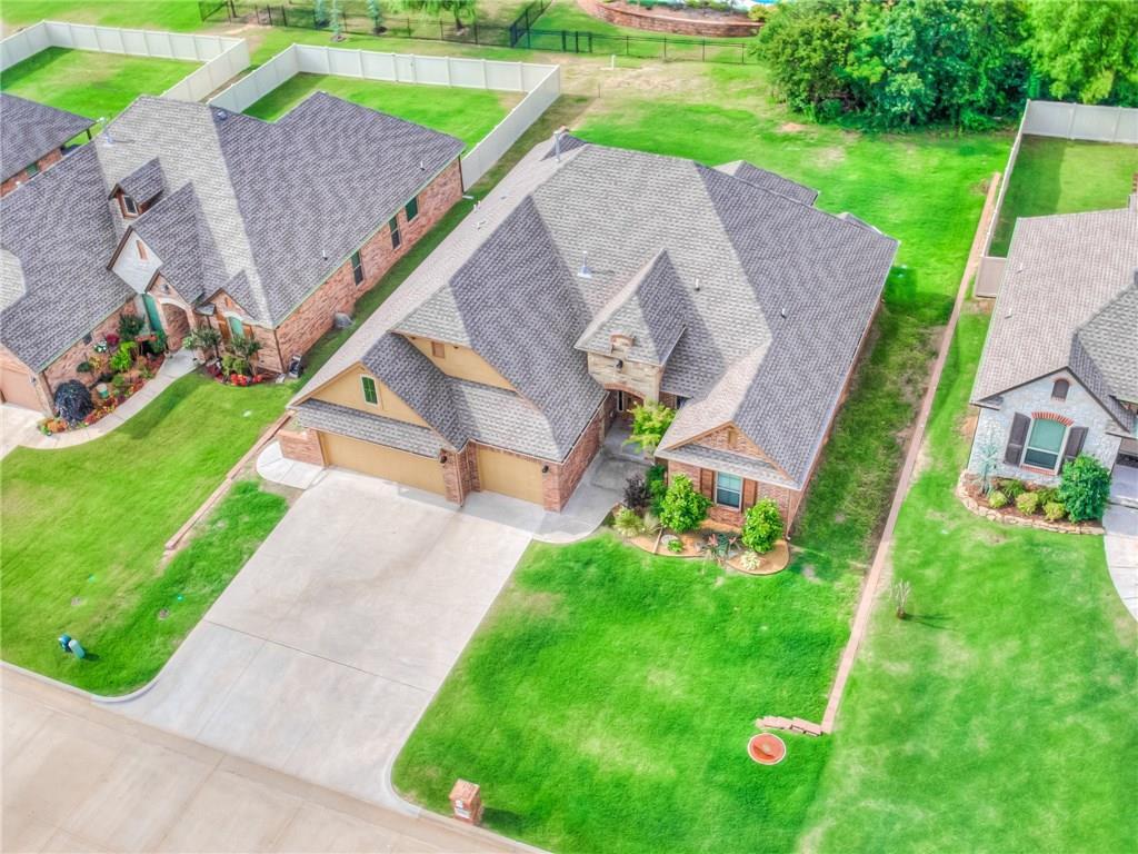 12614 Forest Ridge Drive, Choctaw, OK 73020