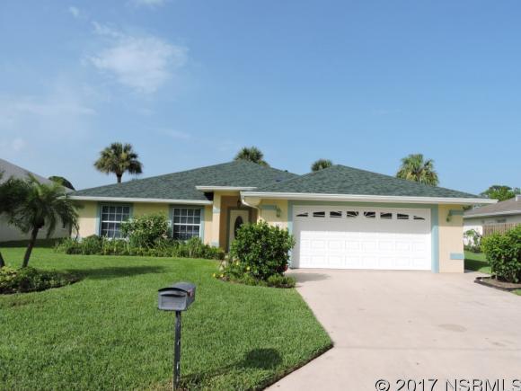257 Golf Club Dr, New Smyrna Beach, FL 32168