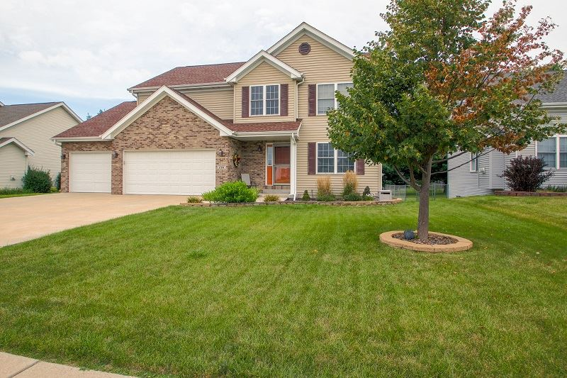 296 BRENTWOOD Road, MACHESNEY PARK, IL 61115