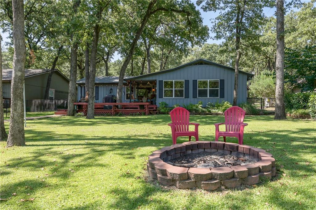 405 Lake Drive, Tool, TX 75143