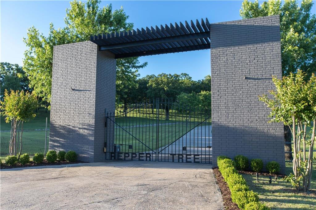 3930 Sun Valley Estates, Van Buren, AR 72956