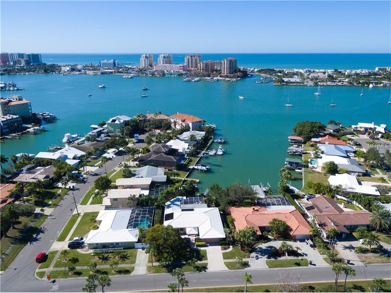 480 ISLAND WAY, CLEARWATER BEACH, FL 33767