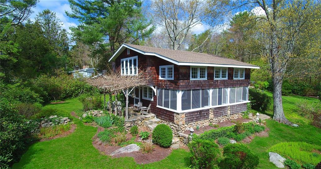 33 Rossini RD, Westerly, RI 02891