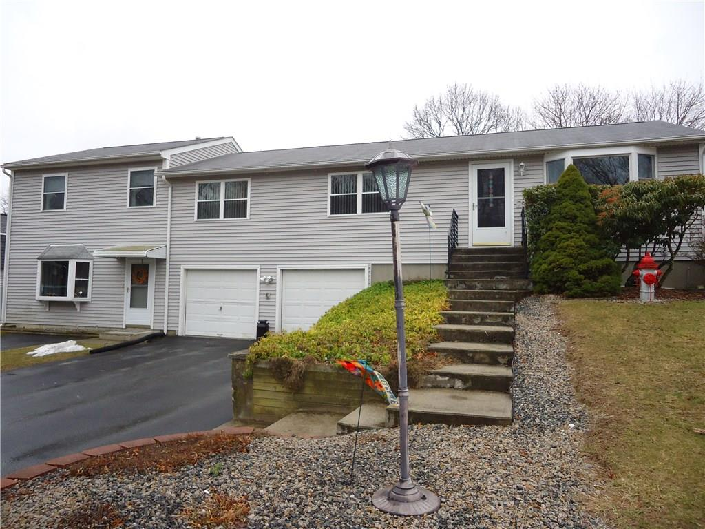 4 Lions DR, Coventry, RI 02816