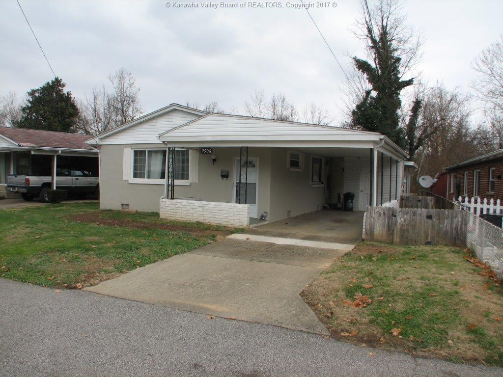 2906 Gillispie Drive, Dunbar, WV 25064