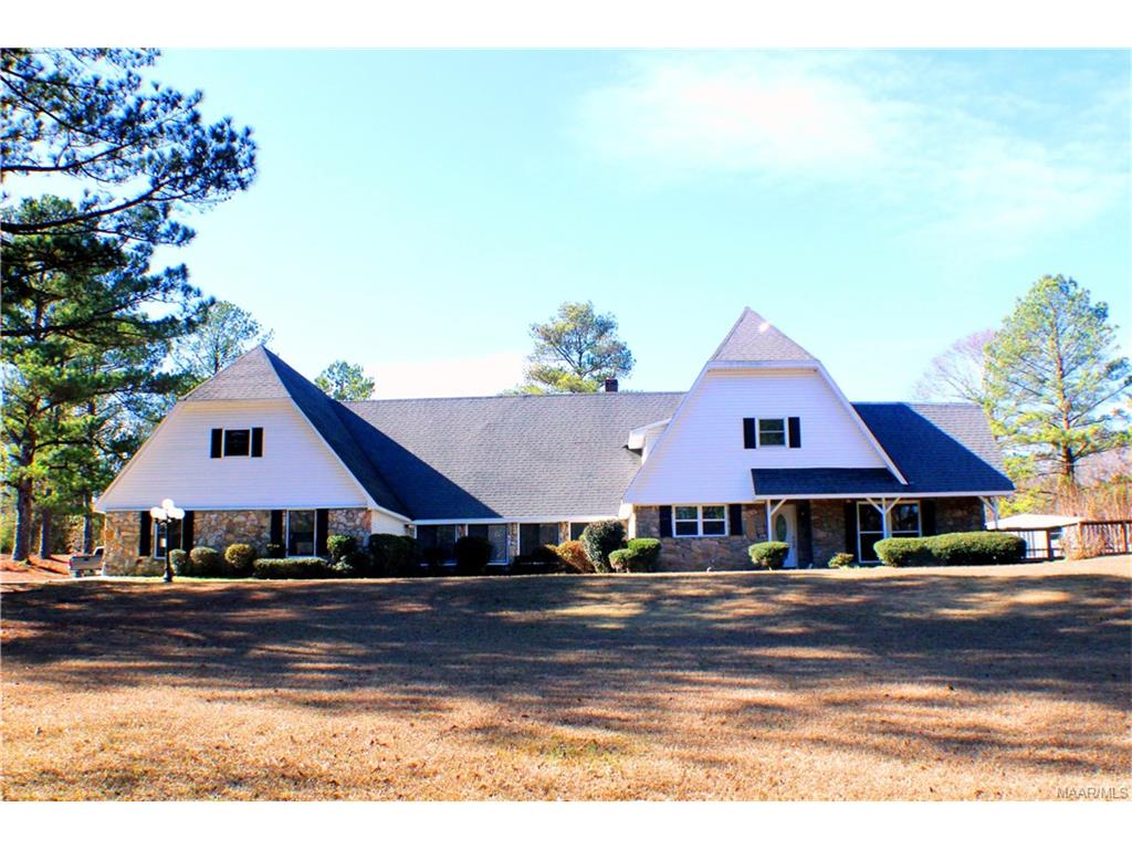 856 Blackjack Road, Tallassee, AL 36078