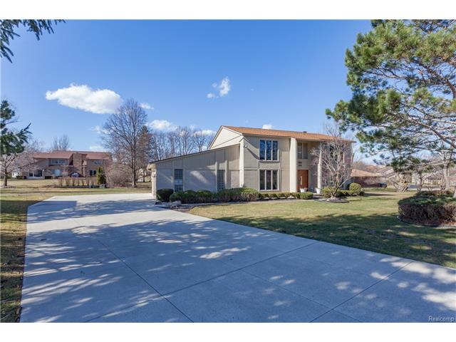 4346 WINDRIDGE CRT, West Bloomfield Twp, MI 48323