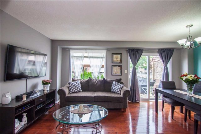 3394 Snowball Rd, Mississauga, ON L5N 7M6