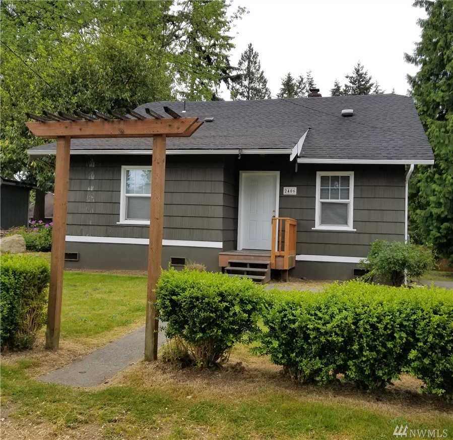 2406 JACKSON AVE, Everett, WA 98203
