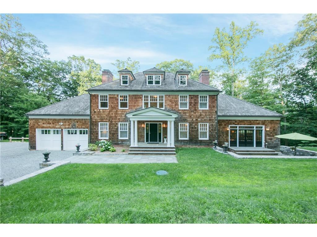 22 Lookout Stable Road, Tuxedo Park, NY 10987