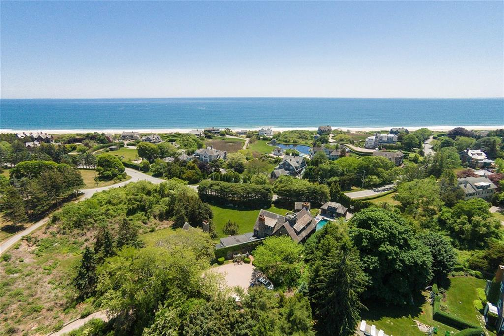 2 Overlook DR, Westerly, RI 02891