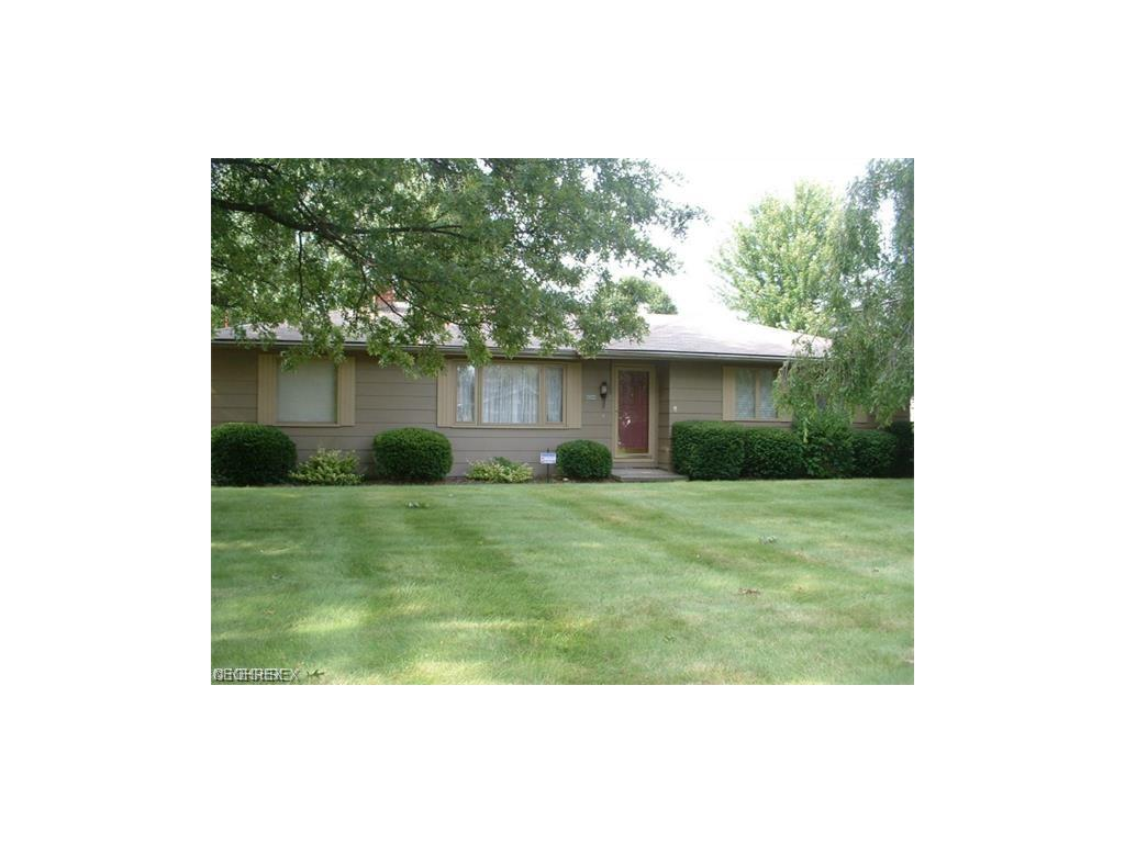 4298 Patricia Ave, Austintown, OH 44511