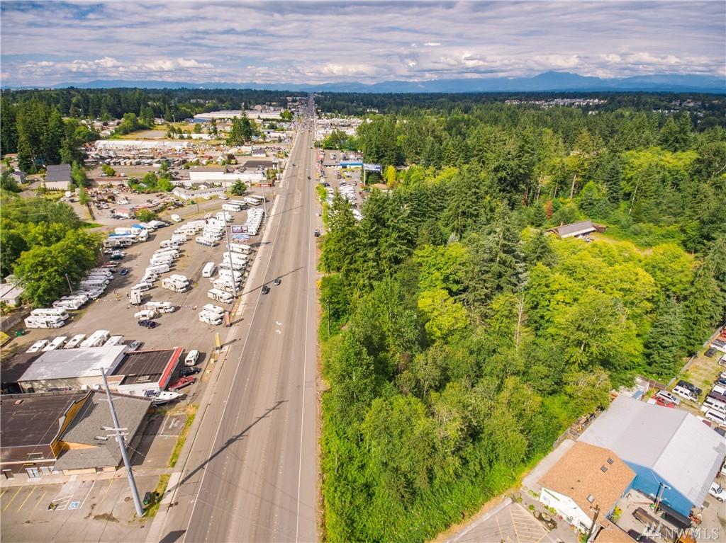 13215 Highway 99, Everett, WA 98204