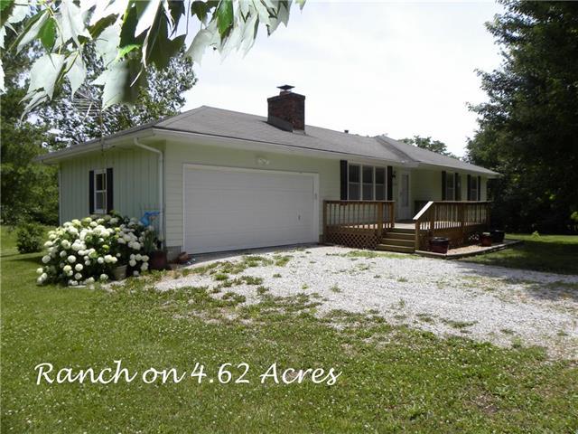 12219 S Helmig Road, Lone Jack, MO 64070