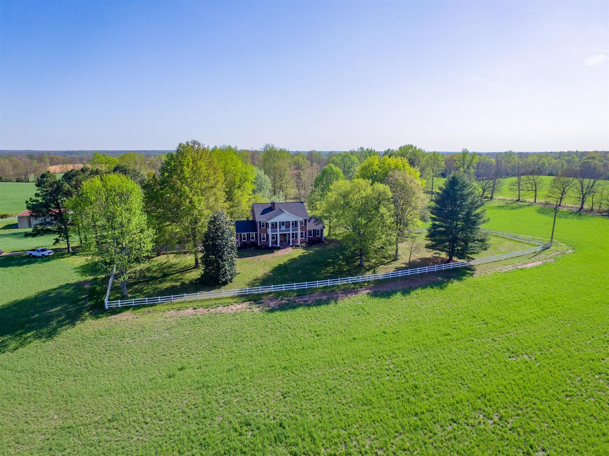 4409 Old Coopertown Rd, Springfield, TN 37172