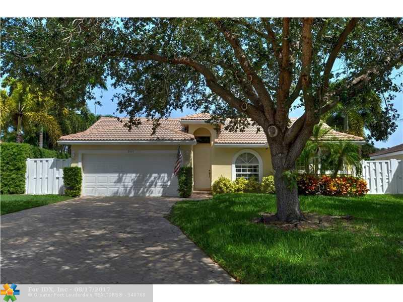 2001 NW 45th St, Oakland Park, FL 33309