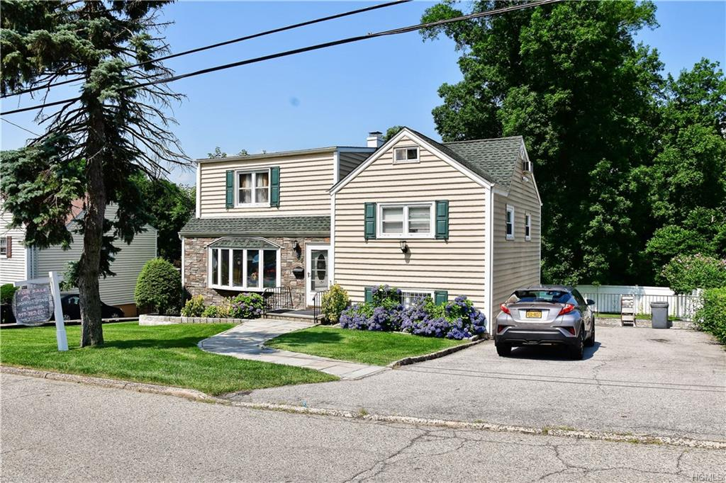197 Pembrook Drive, Yonkers, NY 10710