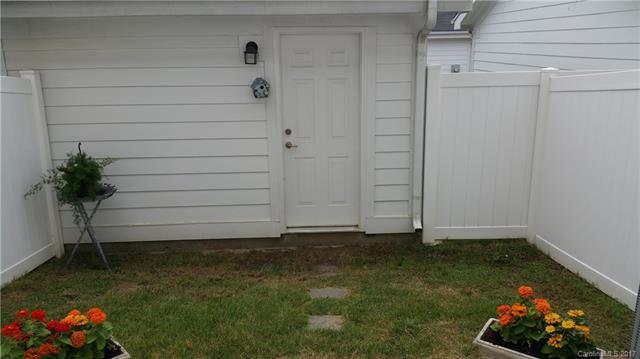 13234 Eastfield Village Lane, Charlotte, NC 28269