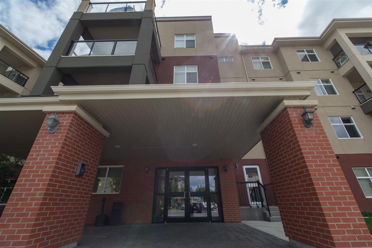 7825 71 Street 238, Edmonton, AB T6B 3R9