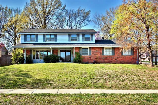 14602 W 90TH Terrace, Lenexa, KS 66215