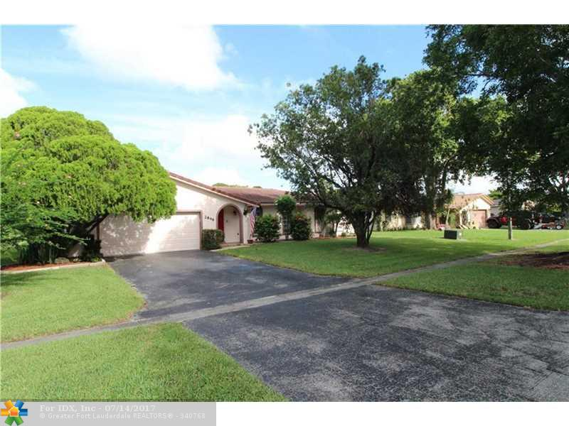 2846 NW 118th Dr, Coral Springs, FL 33065
