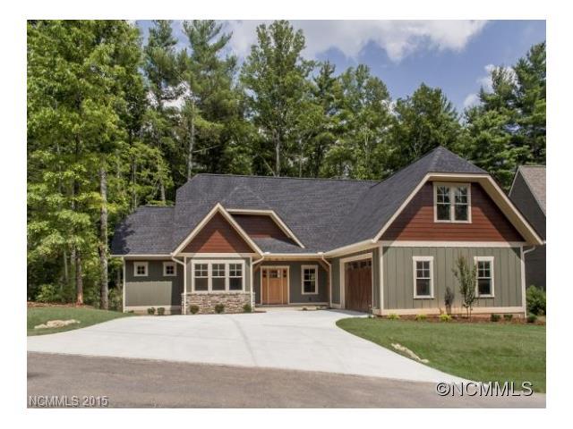 141 Chattooga Run, Hendersonville, NC 28739