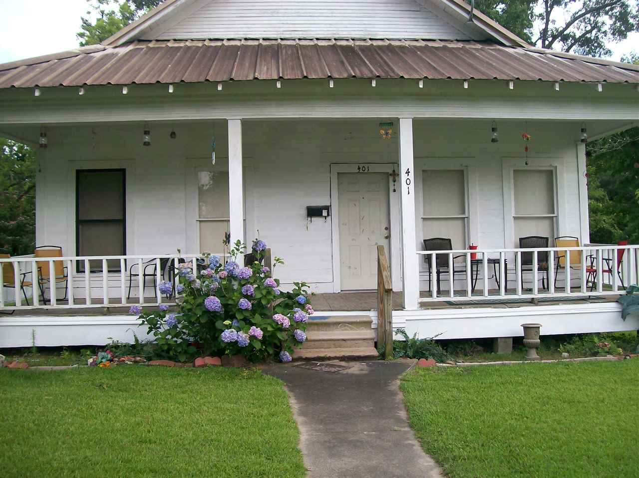 401 W Main, Kirbyville, TX 75956
