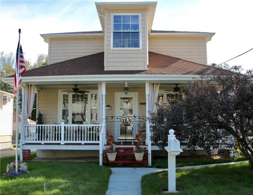 100 Bellevue AV, North Smithfield, RI 02896
